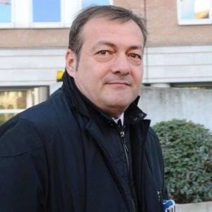 Torino, comizio a scuola dell'eurodeputato leghista che attacca migranti e accoglienza