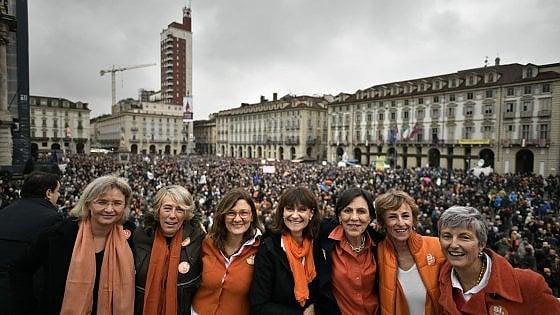 """Sì Tav, """"madamine"""" di nuovo in piazza Castello a Torino il 17 marzo: ma stavolta l'invito è anche a partiti e candidati"""