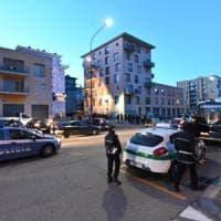 Torino: via all'alba allo sgombero della terza palazzina del Moi, traslocano 183 immigrati