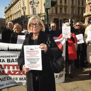 Anche Pd e Lega in piazza con i commercianti per protestare contro la nuova Ztl