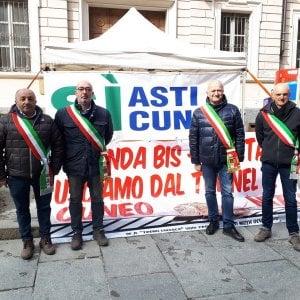 """""""Conte e Toninelli visitano la Asti-Cuneo? Era ora, siamo diventati una barzelletta"""""""