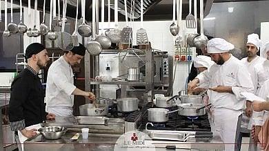 Torino, quattro grandi chef insegnano la solidarietà insieme con i trucchi della cucina