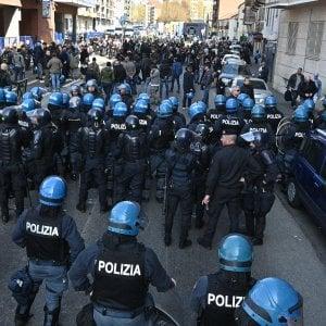 """La """"tenaglia"""" che ha isolato i 300 cattivi: così Torino è uscita indenne dal rischio anarchici"""