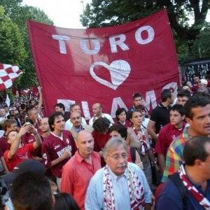 """Derby Juve-Toro, polemiche e raccolta firme: """"Non si giochi il giorno di Superga"""""""