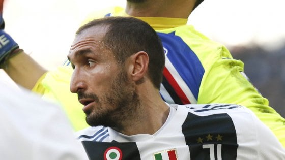 Juventus, testa all'Ajax: Chiellini resta in dubbio