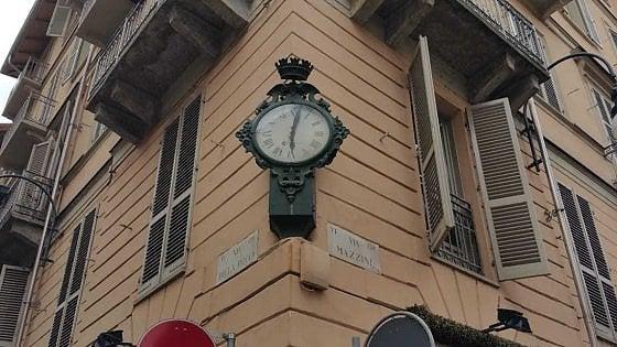 Lancette ferme in tutta la città, così Torino dimentica i suoi orologi pubblici