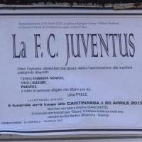 Manifesti funebri per la Juve fuori dalla Champions: sindaco del Vercellese