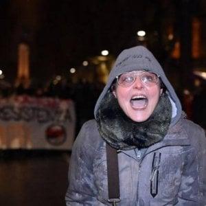 Torino, insultò forze dell'ordine durante corteo: prof perde il ricorso, licenziamento resta valido