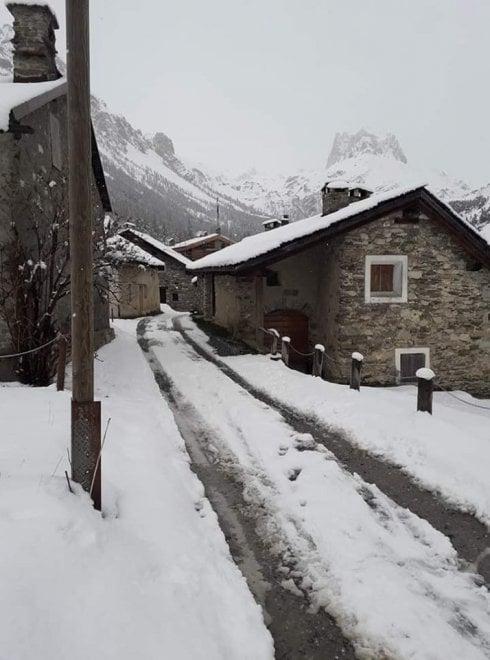 """Un maggio """"invernale"""": la neve a Sestriere e Bardonecchia"""
