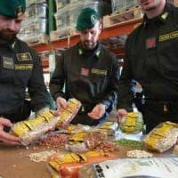 Torino, false lenticchie di Altamura: maxi sequestro di 20 tonnellate di