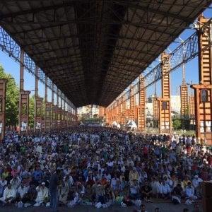 In quindicimila sotto le tettoie di Parco Dora per la fine del Ramadan