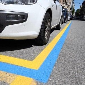 Torino: a novembre scattano le strisce blu nella zona ospedali, ma i sindacati protestano