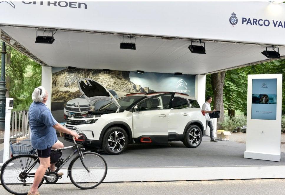 Dalle auto elettriche ai bolidi, quattro ruote protagoniste al salone dell'auto di Torino