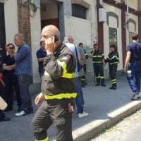 Torino, palazzo a rischio crollo per il maltempo. I 70 inquilini non vogliono andare via