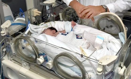 Donna incinta investita, un mese dopo la rotonda di Orbassano resta pericolosa