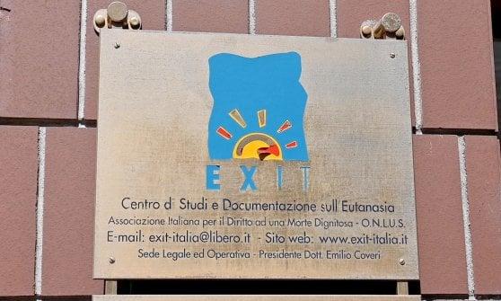 Eutanasia: avviso di garanzia a Torino per 'Exit Italia' dopo morte in Svizzera di una donna siciliana