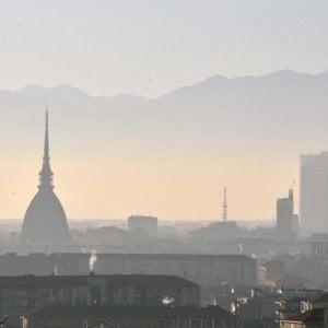 Blocchi anti smog, in Piemonte chi ha reddito basso potrà usare comunque auto che inquinano