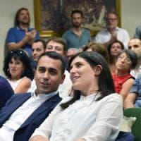 """Torino, Di Maio blinda la sindaca: : """"No ai nemici della contentezza"""""""
