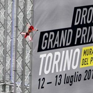 Attacco hacker alla drone race: i quadricotteri fuori costretti ad atterraggi di emergenza
