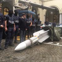 Un missile aria-aria nell'arsenale sequestrato a un gruppo di estremisti di destra