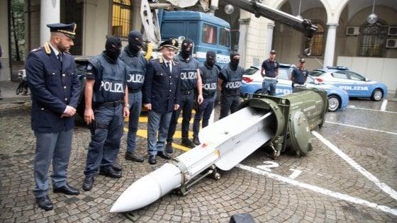 """Salvini: """"Gli estremisti del missile scoperti grazie a una minaccia di morte nei miei confronti"""""""