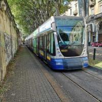 Due tram guasti in via Sacchi, caos sulla linea del 4