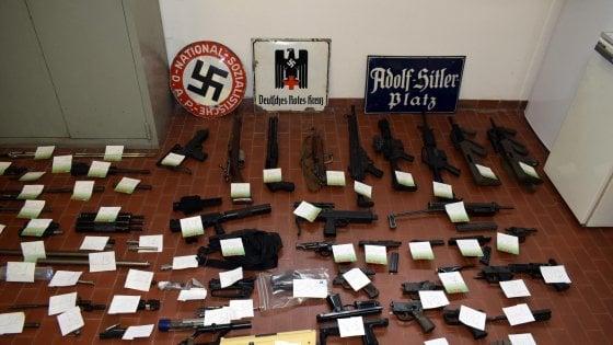 Estrema destra, scoperte altre armi in una casa di Fabio Del Bergiolo, l'uomo del missile
