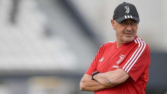 Juventus, Sarri non sposta Ronaldo e avverte: ''In Europa 10-11 al nostro livello''