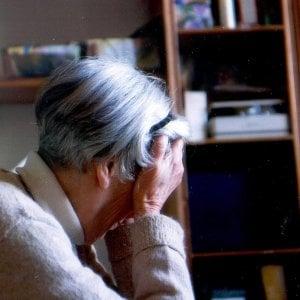 Moncalieri, badante rientra a casa ubriaca e picchia la 92enne che accudiva