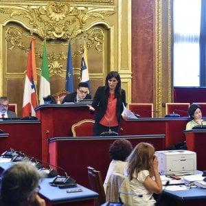 """I """"grillini"""" No Tav di Torino pronti a cambiare gruppo in Comune dopo il sì di Conte"""