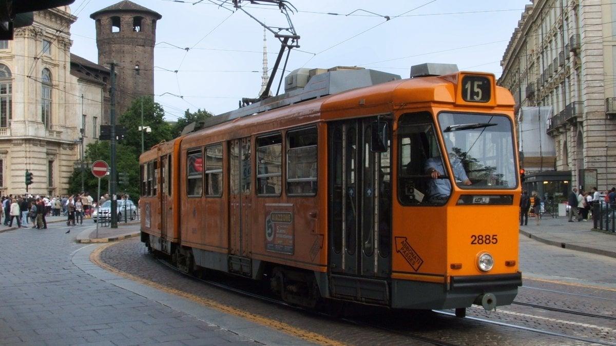 """Torino, Gtt elimina 44 fermate: """"Così renderemo i tram più veloci"""" - la  Repubblica"""