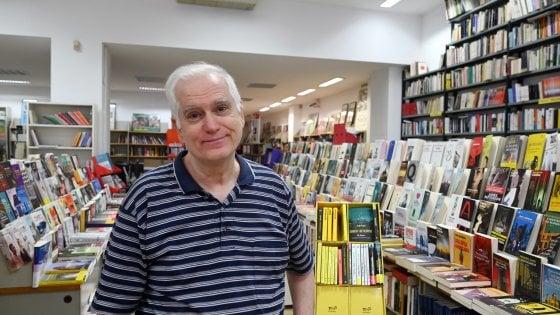 """Torino, la libreria Comunardi chiude, anzi no: """"Riapriremo nel locale a fianco"""""""