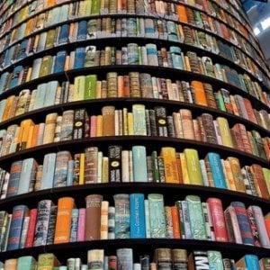 Libri ed enigmistica per sconfiggere lo stress da rientro