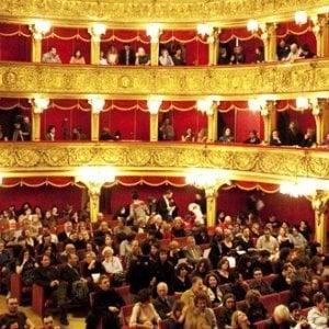 Torino, dal Teatro Stabile al Regio: abbonamenti e biglietti gratis per giovani e famiglie con basso reddito