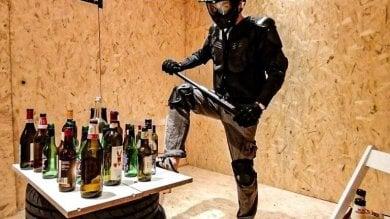 A San Salvario c'è la rage room: la stanza dove sfogare la rabbia spaccando tutto
