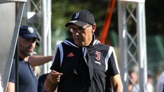 Sarri: ''La Juve vince per la mentalità feroce, Higuain è quello di due-tre anni fa''