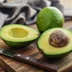 Avocado, il superfood che rimette tutto a posto