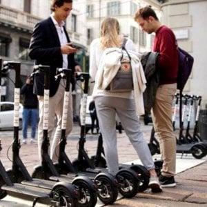 Torino, monopattini elettrici al via: ecco le regole fissate dal Comune