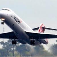 Problemi in cabina, atterraggio d'emergenza a Genova per il volo Napoli-Torino
