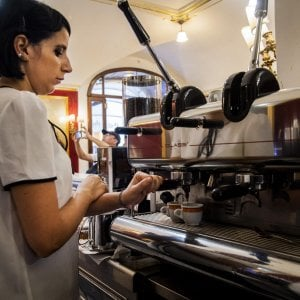 Torino, i cardiologi assolvono il caffé: via libera fino a cinque tazzine al giorno