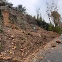 Maltempo in Piemonte; cade un pezzo del castello di Novi, funivia danneggiata