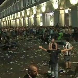 """Piazza San Carlo 240 risarciti. E  una ragazza chiede le sia riconosciuta la """"sindrome di guerra"""""""
