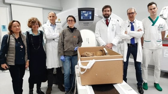 Le mummie dell'Antico Egitto fanno le analisi al Medical center di Ronaldo