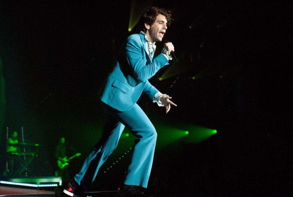 Mika parte da  Torino con il il tour sull'amore