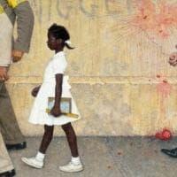 Torino, insultò una ragazza di colore sul bus: condannato a quattro  mesi