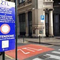 Torino, la giunta Appendino accelera sulla nuova Ztl nel giorno di Greta