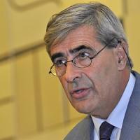 Il presidente della Valle d'Aosta Fosson indagato per voto di scambio