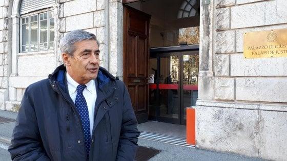 Valle d'Aosta, il presidente Fosson si dimette