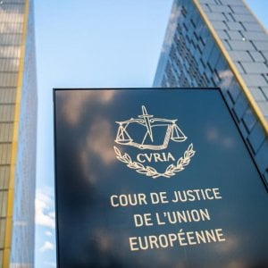 La Corte di Giustizia fissa udienza contro Stato italiano per risarcimento 'irrisorio': solo 4800 euro a vittima di stupro – Repubblica.it