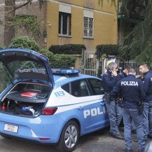 Torino, latitante litiga con il vicino e chiama la polizia: arrestato